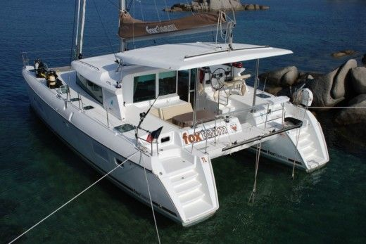 LAGOON 420 in Toulon for hire