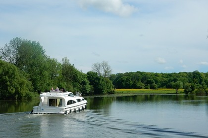 Hire Houseboat Porter & Haylett Elegance Carrick-On-Shannon