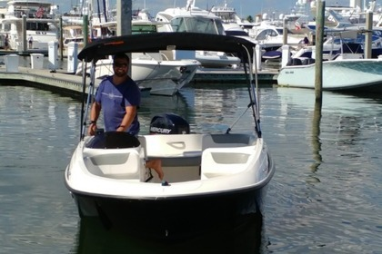 Rental Motorboat Bayliner Element 16 Daytona Beach
