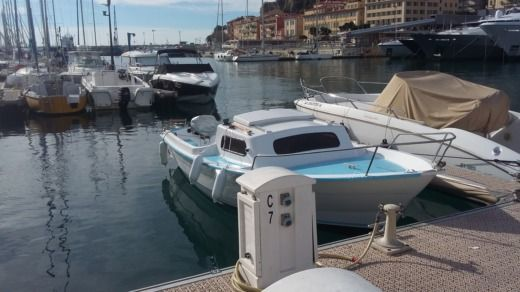 Cnm Sir 580 in Nice for hire