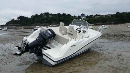 Charter Motorboat Quicksilver 605 Open Activ Cancale