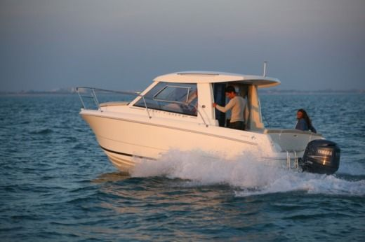 Charter motorboat in Umag