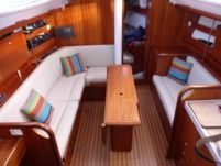 Sailboat Delphia 33 for rental