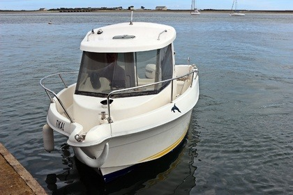 Hire Motorboat Quicksilver 620 Cruiser Locmiquélic