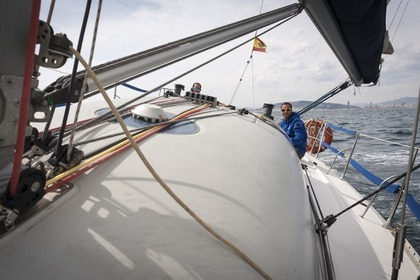 Rental Sailboat JEANNEAU One Design 35 Barcelona