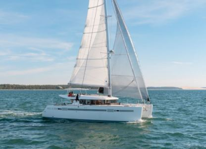 Location Catamaran Lagoon Lagoon 450 With Watermaker & A/c - Plus Praslin