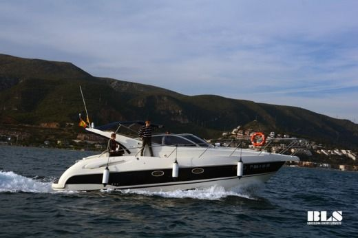 Charter motorboat in Sitges peer-to-peer