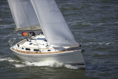 Charter Sailboat Hanse 342 Thessaloniki