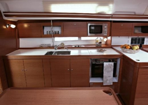 Dufour Grand Large 385 in Menorca for hire