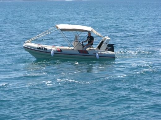 Motorboat Barracuda 530