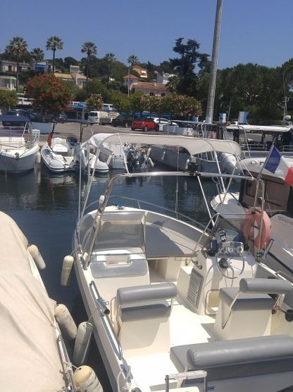 Charter Motorboat Ultramar Open 570 Antibes