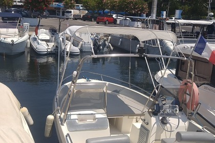 Rental Motorboat ULTRAMAR OPEN 570 Antibes