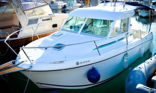 Jeanneau Merry Fisher 695 in Split for hire