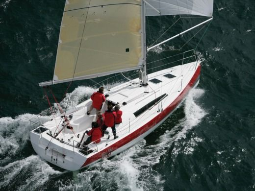Jeanneau Sun Fast 3200 in Arzon peer-to-peer