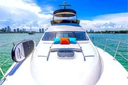 Rental Motorboat SEA RAY 44 Sedan Miami Beach