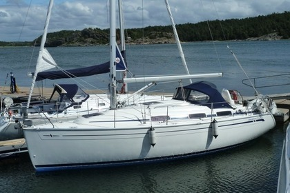 Rental Sailboat BAVARIA 30 CRUISER Stockholm