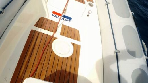 Gommone Vaillant 520 tra privati