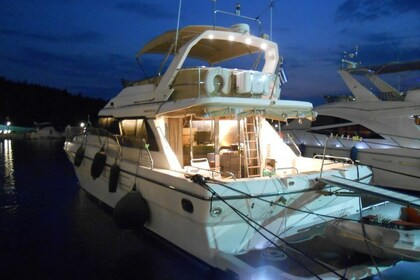 Hire Motorboat PRINCESS 55 Chalkidiki