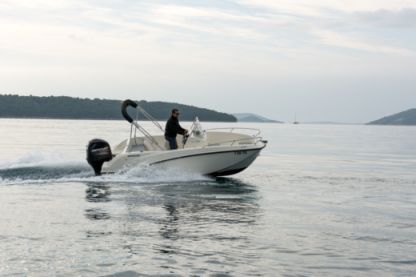 Charter Motorboat Quicksilver 505 Open Trogir