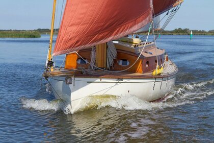 Hire Sailboat Farringdon 30 Norfolk Broads Sail Boat Martham