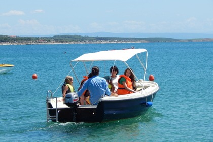 Rental Motorboat VEN 501 Premantura