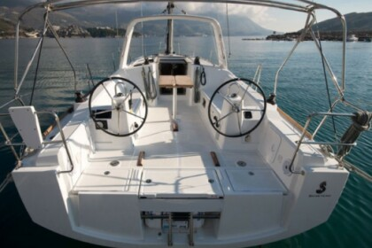 Rental Sailboat  Oceanis 38 (3 cabins) Tivar