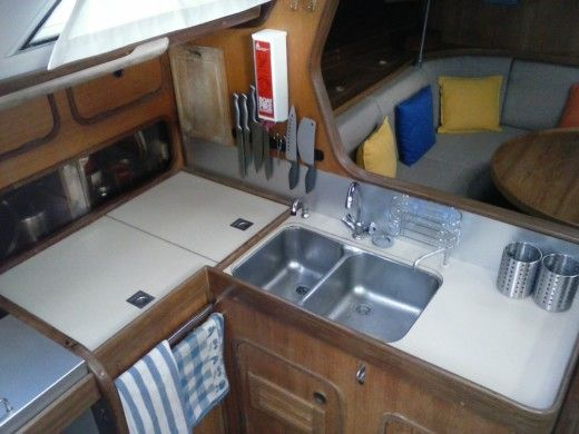 Sailboat BENETEAU First 456 for hire