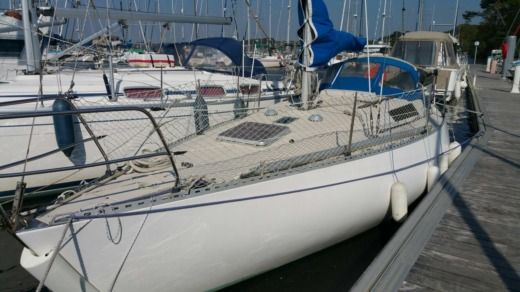 Beneteau First 30 in Arzal peer-to-peer