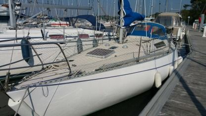 Location Voilier Beneteau First 30 Arzal
