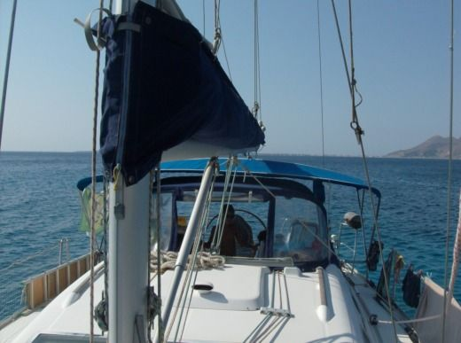 BENETEAU OCEANIS 393 in Split peer-to-peer