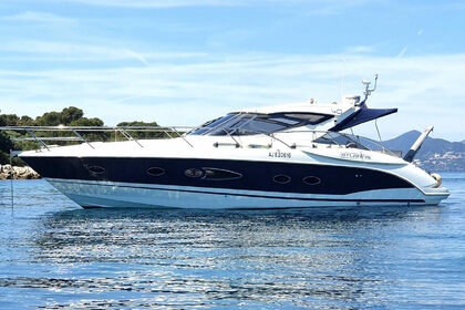 Location Yacht Azimut Atlantis 40 Saint-Raphaël