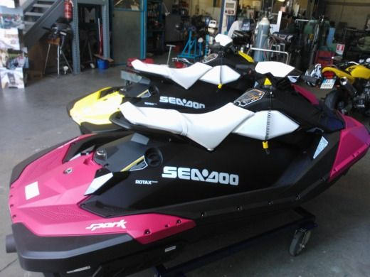 Jet ski Seadoo Spark for hire