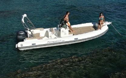 Rental Motorboat Capelli Tempest 700 Fort-de-France Bay