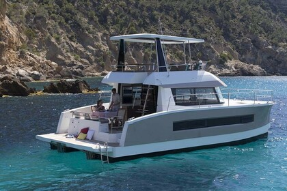 Hire Catamaran FOUNTAINE PAJOT MOTOR YACHT 37 Airlie Beach