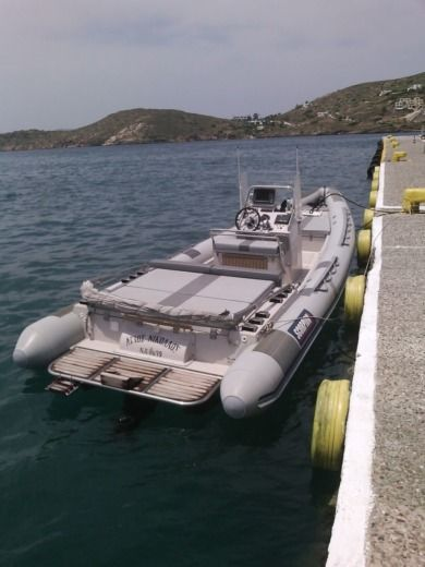 Scorpion 8,60 en Antiparos