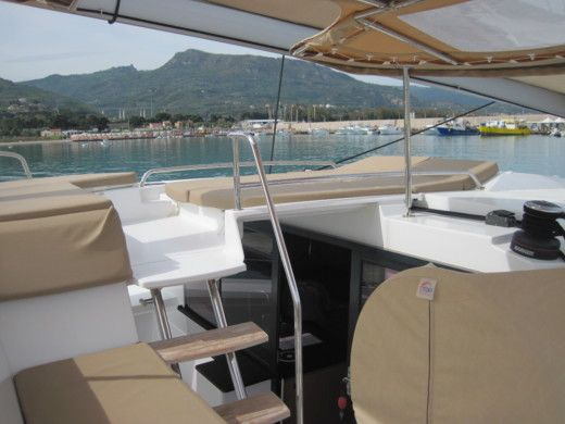 Catamarano Fountaine Pajot Helia 44 da noleggiare