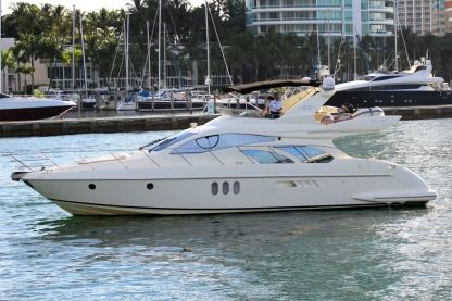 Rental Motorboat Azimut 55 Miami Beach