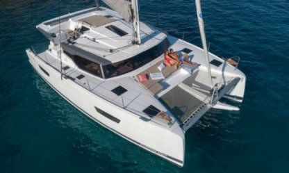 Rental Catamaran Fountaine Pajot Astréa 42 La Rochelle