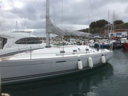 Rental Sailboat Beneteau First 31,7 Groix