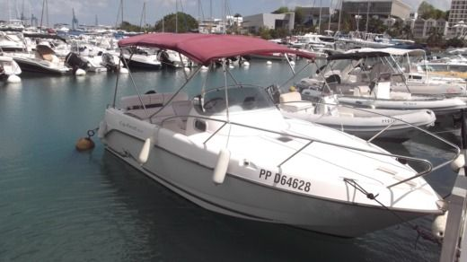 Motorboat B2 Marine Cap Ferret 6.52 peer-to-peer
