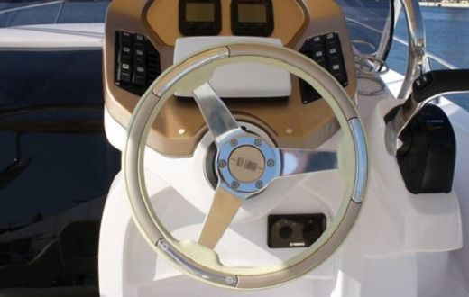Motorboat Sessa Marine Key Largo 24