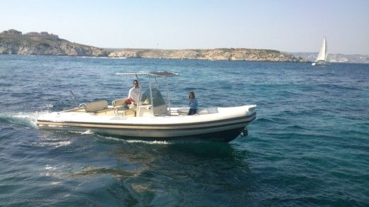 Jocker Boat Clubman 26 in Marseille for hire