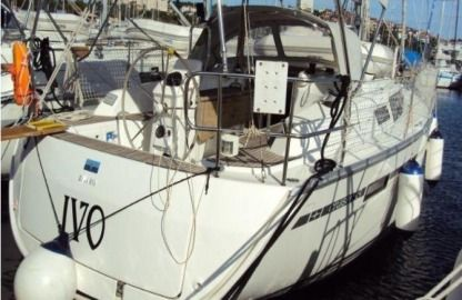 Charter Sailboat Bavaria 33 Cruiser Pula
