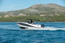 Quicksilver Activ 755 Sd in Trogir