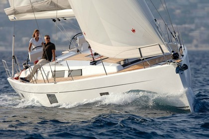 Charter Sailboat HANSE 455 Laurium