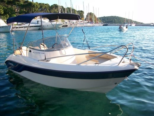 Motorboat Poseidon Blue Water 540