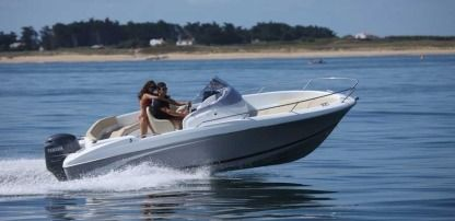 Charter Motorboat Beneteau Flyer 650 Open St-Laurent-du-Var