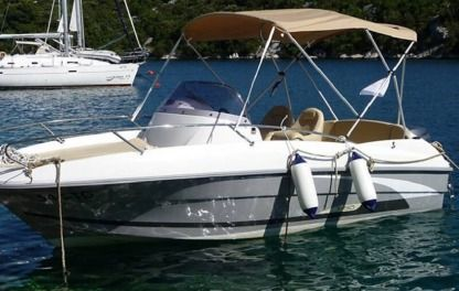 Rental Motorboat Beneteau Flyer 550 Sukošan