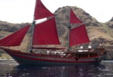 Sailboat Haji Baso Phinisi Ironwood Schooner for hire