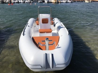 Rental RIB Sea Water Smeralda 180 Arzachena